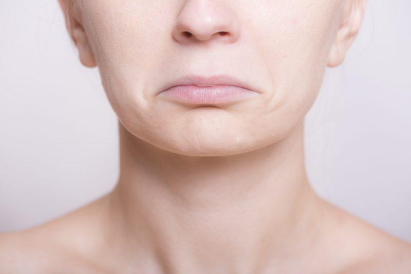 オリーブオイルで唇をケアする方法はありますか?