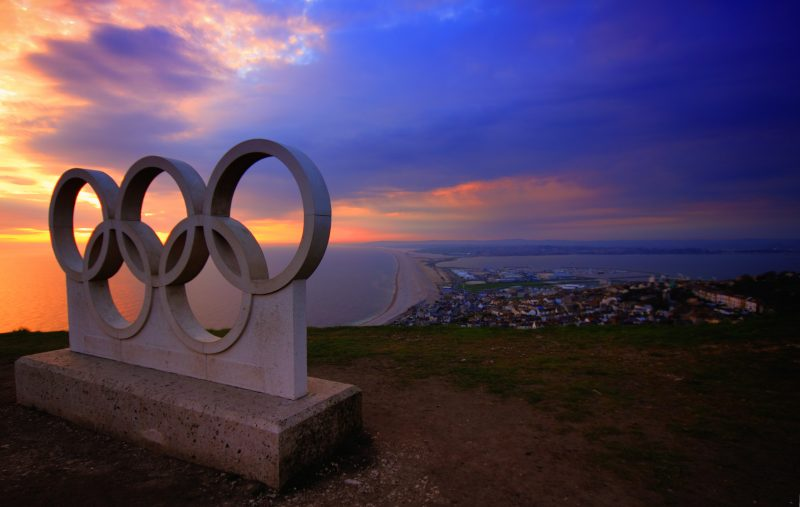 ギリシャから東京へ オリンピック聖火